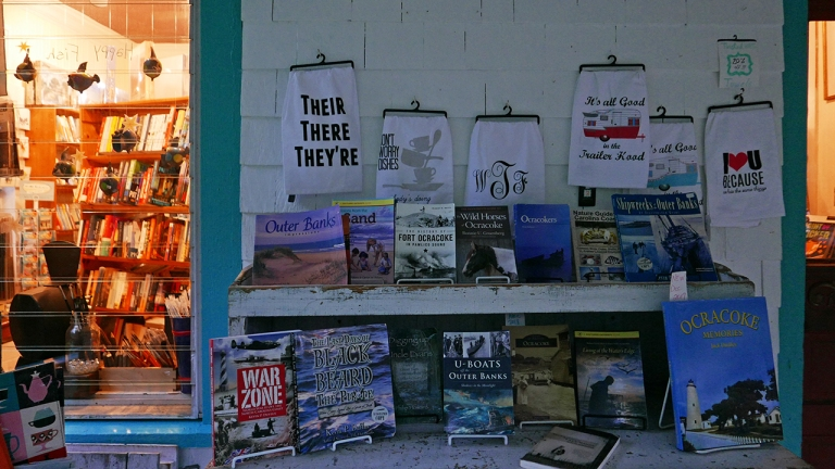 OCRACOKE_books BLOG