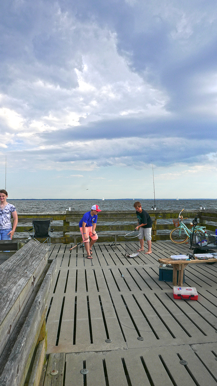 ORIENT_fishingboys2 BLOG